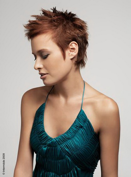 Coiffure coupe courte cheveux fins - Coiffure coupe courte femme ...