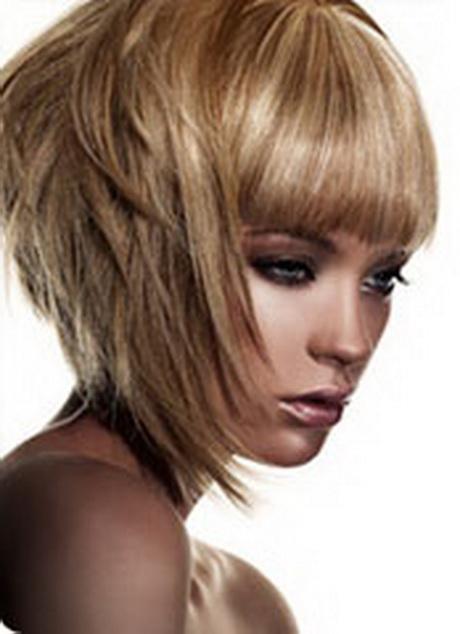 Coupe de cheveux mi long effile for Coupe de cheveux mi long femme moderne