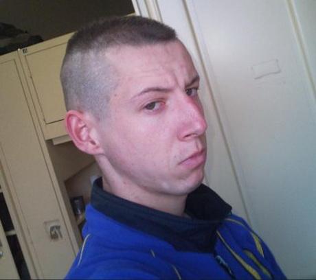 Coupe de cheveux militaire - Coupe militaire degrade homme ...