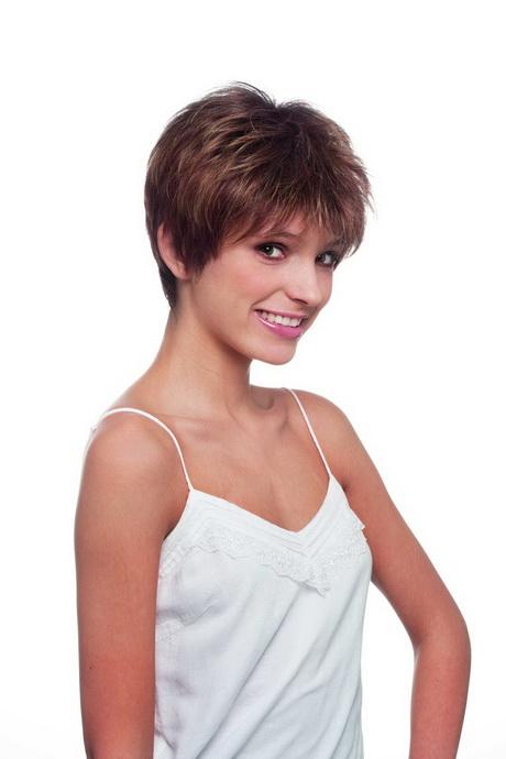 Perruques cheveux courts for Modele de coupe de cheveux pour cheveux epais