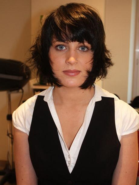 Visage rond coupe de cheveux - Coupe avec frange visage rond ...