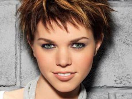 Modeles de coiffure courte - Coupe courte effilee destructuree ...