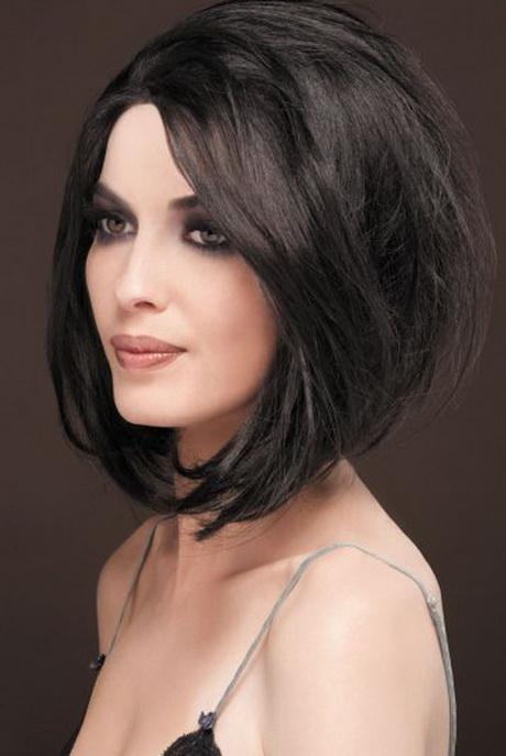 Modele coiffure femme carre degrade - Coupe carre mi long degrade ...