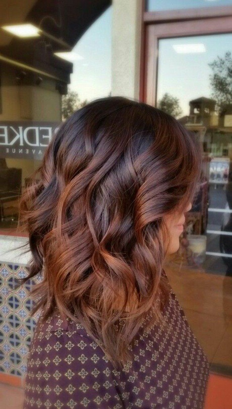 Tendance balayage cheveux 2018 for Idee coupe couleur cheveux long