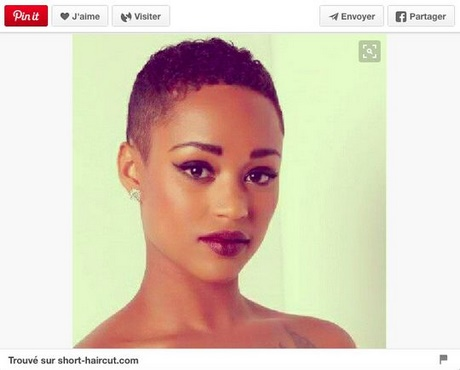 Coupe courte femme africaine